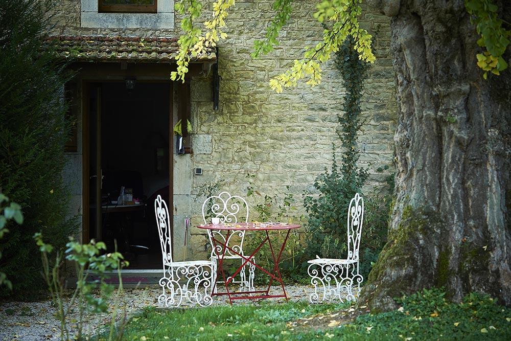 Le Château de la Linotte à Roche-sur-Linotte - détail parc