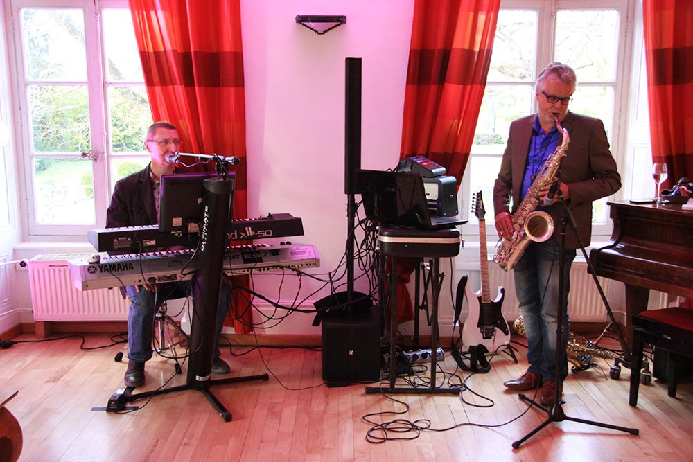 Concert jazz rocke au Château de Roche sur Linotte