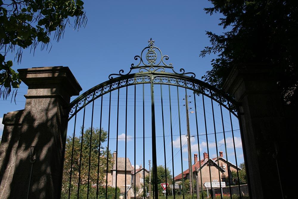 Portail du Château de la Linotte