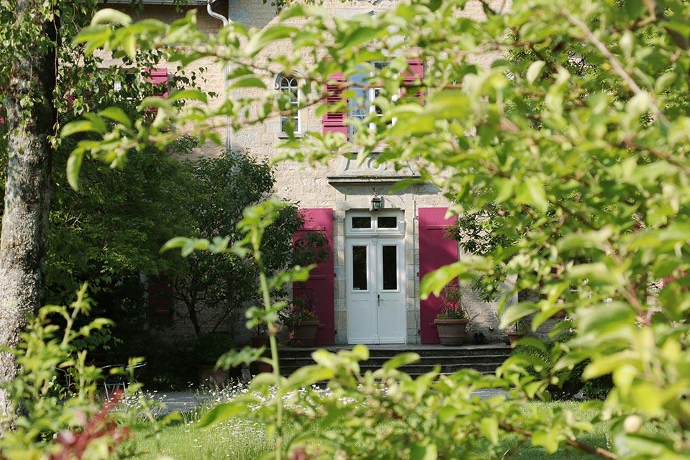 Le Château de la Linotte en Bourgogne Franche-Comté - perron